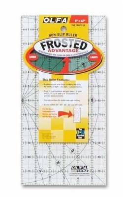 Olfa Frosted Ruler   6x12 INCH, Antirutsch-Lineal mit schwarzen Linien auf milchigem Kunststoff