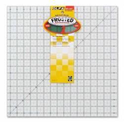 Olfa Frosted Ruler  16.5x16.5 INCH, Antirutsch-Lineal mit schwarzen Linien auf milchigem Kunststoff