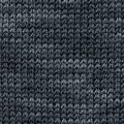 Regia Sockenwolle Color Denim Schwarz mit leicht grauen Streifen Ton-in-Ton 50 g Knäuel