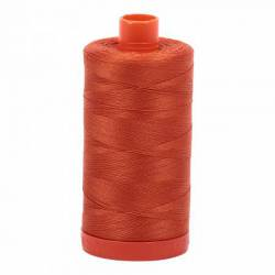 Aurifil Mako Cotton Maschinenquiltgarn 50/2-fach, 1300 m, Fb. 2240 Rusty Orange