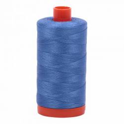 Aurifil Mako Cotton Maschinenquiltgarn 50/2-fach, 1300 m, Fb. 1128 Light Blue Violet