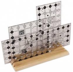 Ruler Rack - Holzständer zum Aufbewahren von Linealen