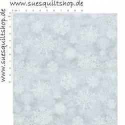 Benartex Mistletoe Schneeflocken weiss auf hellgrau mit silbernen Sprenkeln