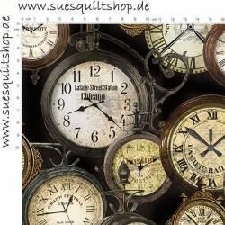 Benartex Railway Express Uhren auf dunklem Hintergrund