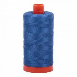 Aurifil Mako Cotton Maschinenquiltgarn 50/2-fach, 1300 m, Fb. 2730 Delft Blue