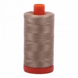 Aurifil Mako Cotton Maschinenquiltgarn 50/2-fach, 1300 m, Fb. 2325 Linen